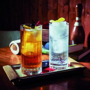 Üdítős poharak, vizes poharak, whiskys poharak